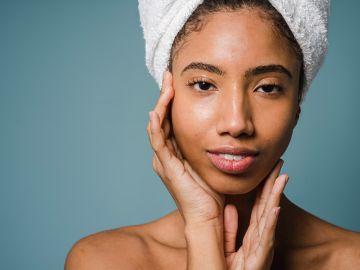Cuida tu cabello con estos acondicionadores para mantener larga y sana tu melena / Crédito: Pexels