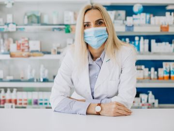 Las cremas para infecciones vaginales las puedes comprar sin receta médica