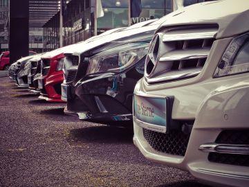 automóviles nuevos o de segunda mano