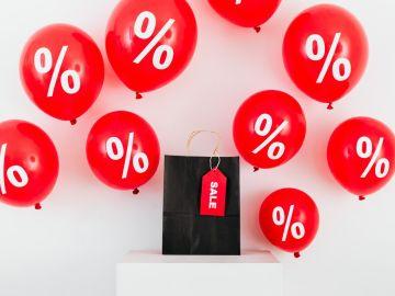 globos con signos de porcentaje