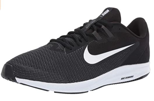 zapatos deportivos negros