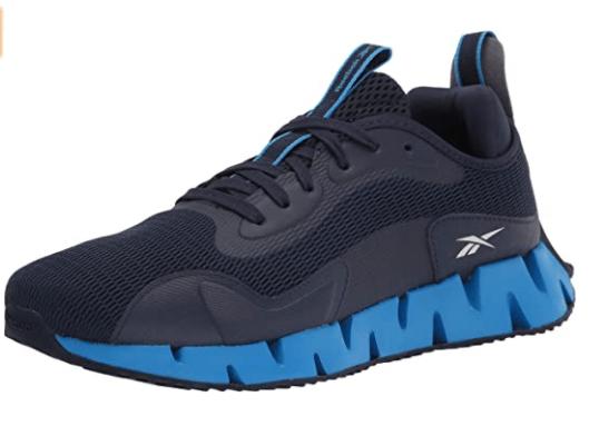 zapatos deportivos azules