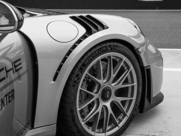 Auto con Neumático Michelin