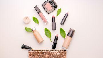 La belleza limpia  y ecológica no es nueva, pero se ha convertido en un factor clave en el mercado de rápido crecimiento para el cuidado de la piel en los años recientes