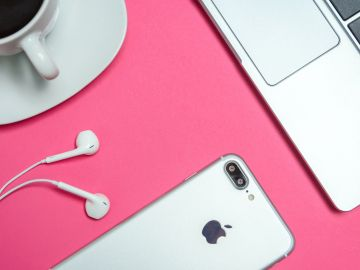 iphone apple y cafe