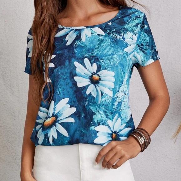Blusa con estampado floral Chic Nation
