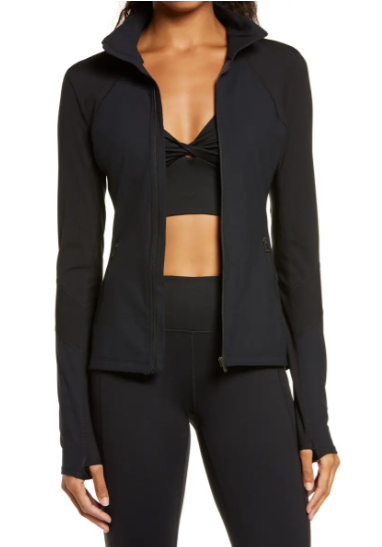 chaqueta deportiva negra