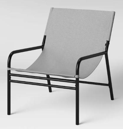 silla con estructura de metal