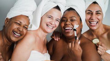 El cuidado de la piel debe comenzar a temprana edad, para evitar llegar a los 40 y se presenten las arrugas y manchas indeseadas antes de tiempo.